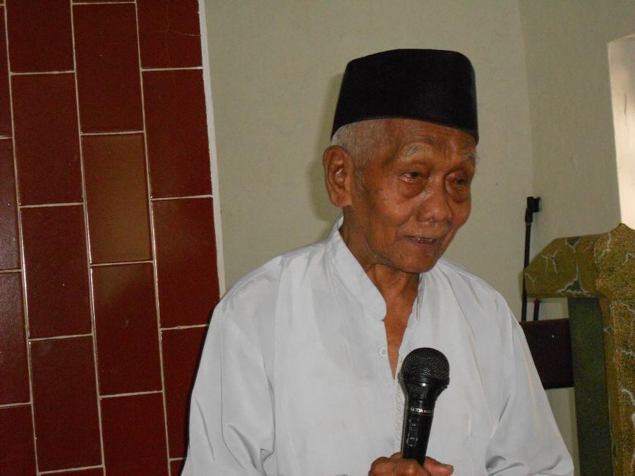Pimpinan Pondok Pesantren Kalangsari